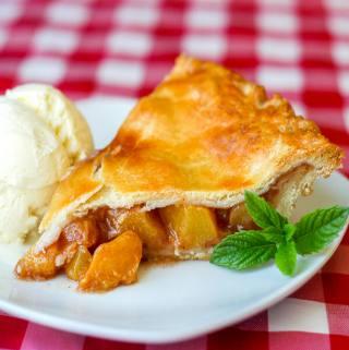 Sour Cream Pastry Crust Peach Pie