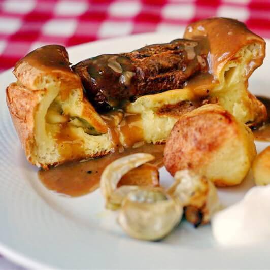 Garlic Thyme Beef Gravy