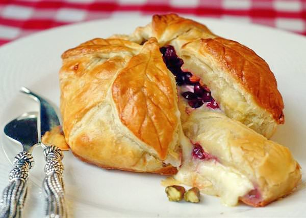 Baked Brie in Puff Pastry with Cranberries Pistachios and Honey - Rock ...