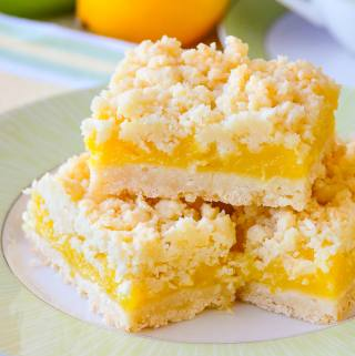 Close up image of Coconut Lemon Crumble Bars