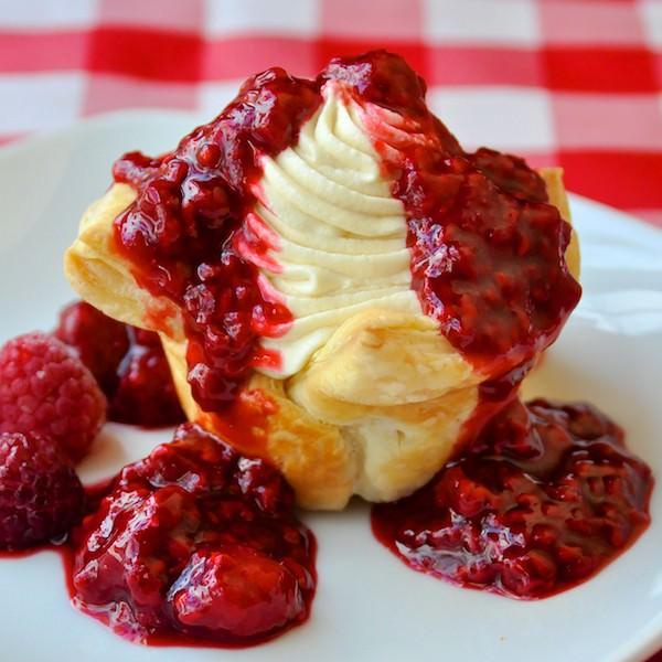 Easy Raspberry White Chocolate Tarts