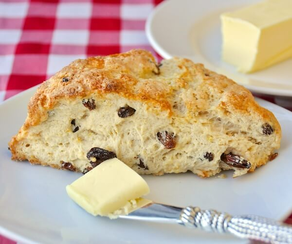 Lemon Raisin Scones