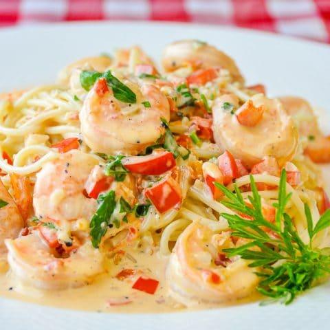 Spicy Creamy Garlic Shrimp Pasta close up image for featured photo