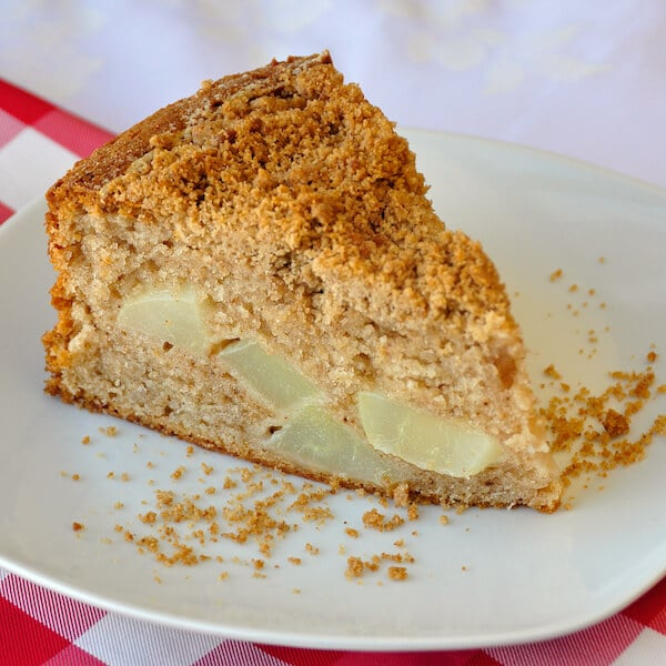 Streusel Spice Pear Cake - ideal for weekend brunch! - Rock Recipes