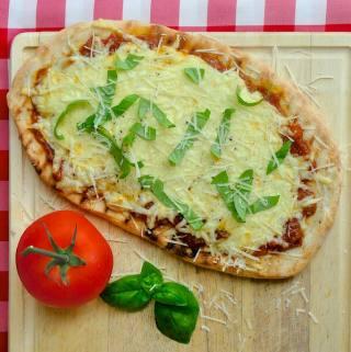 Grilled Tomato Mozzarella Pizza