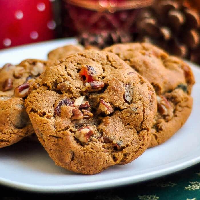 Dark Fruitcake Cookies - spiced fruitcake flavor in a ...