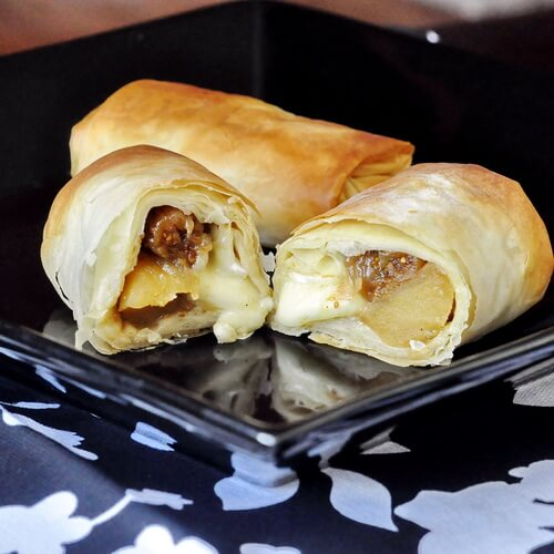 Apple Fig and Brie Phyllo Bundles