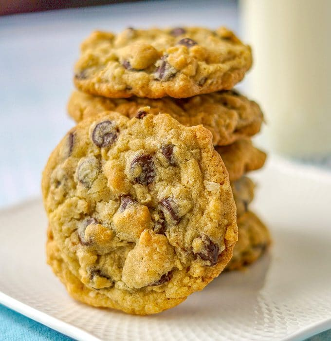 Perfect Oatmeal Chocolate Chip Cookies close up image