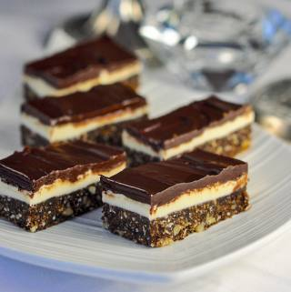 Chocolate Mint Nanaimo Bars