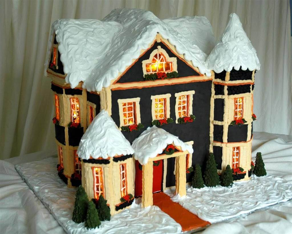 Gower Street Gingerbread House