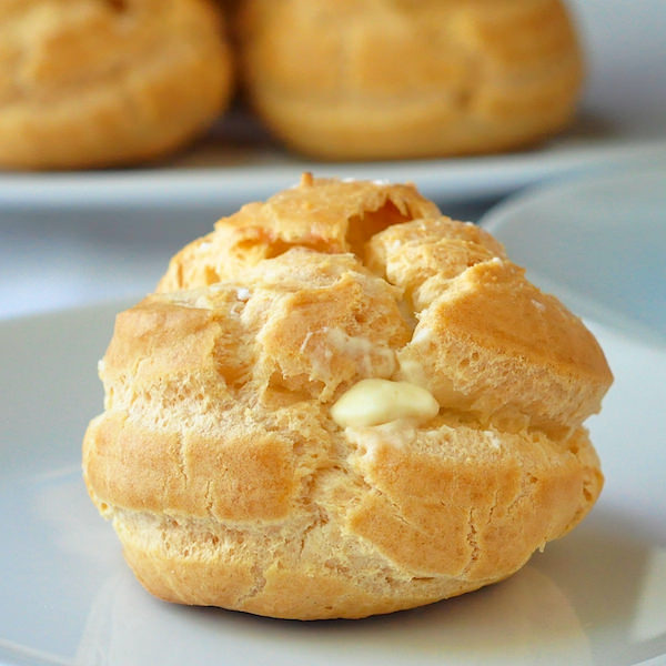 Frozen White Chocolate Cream Puffs