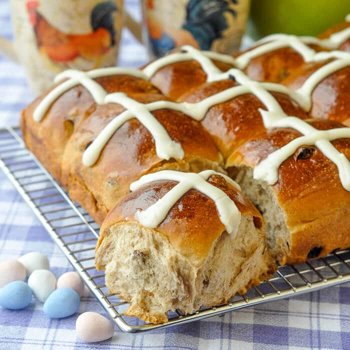 Perfect Hot Cross Buns Great For Brunch At Any Time Of Year