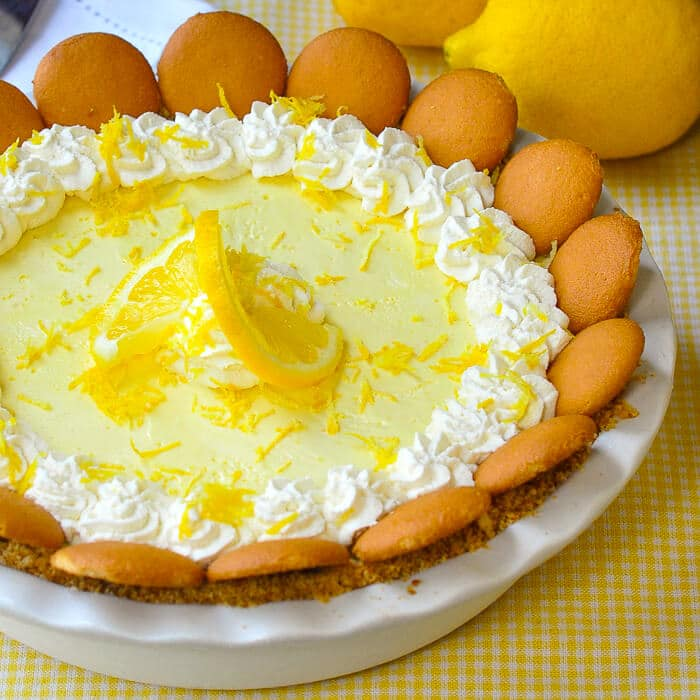 Old Fashioned Lemon Icebox Pie