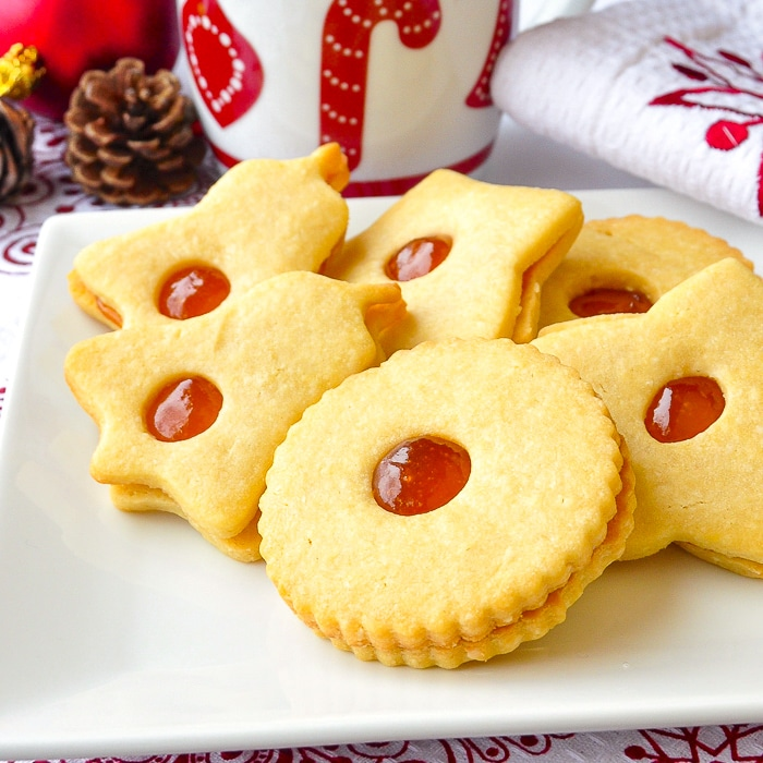 Apricot Almond Jammie Dodgers close up photo for featured image