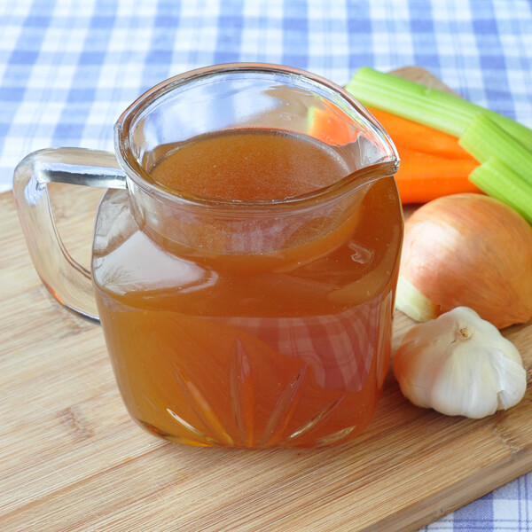 How to make chicken stock or beef stock in the oven