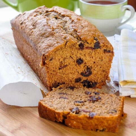 Old Fashioned Raisin Tea Loaf