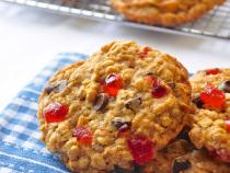 Chocolate Cherry Oatmeal Cookies