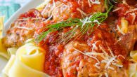 Tomato Fennel Braised Chicken Thighs