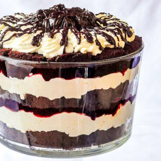 Chocolate Cherry Cheesecake Trifle