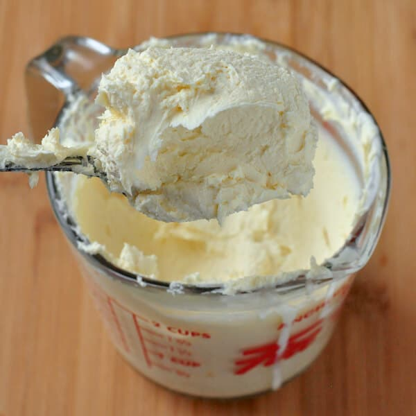How to make Clotted Cream for the Perfect Cream Tea