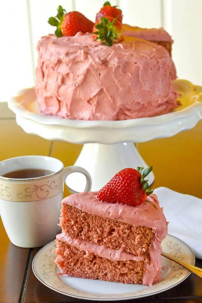 Strawberry Cake no artificial colour or flavour
