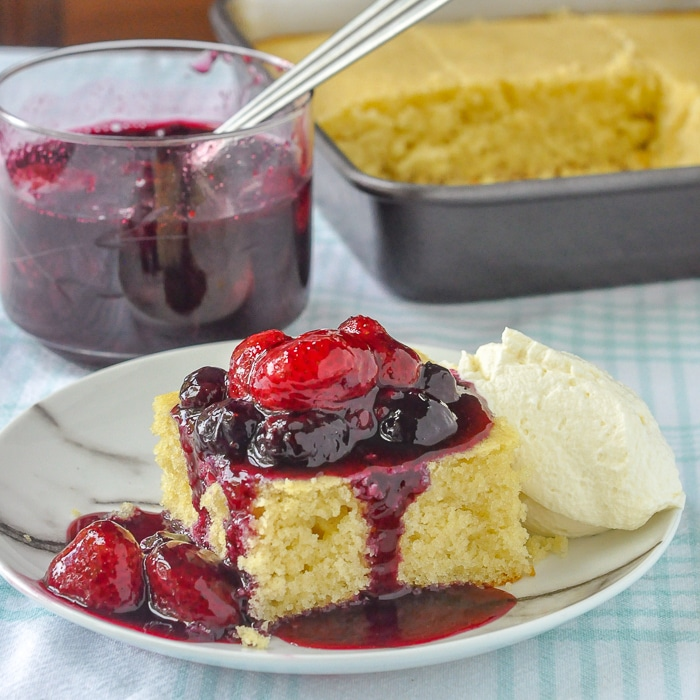 Quick Vanilla Cake with Bumbleberry Sauce