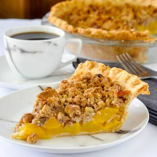 Pecan Peach Crumble Pie