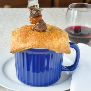 Easy Beef Bourguignonne Pot Pie in Corningware Meal Mugs