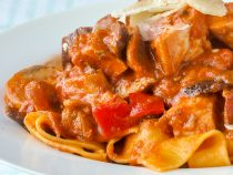 Amatriciana Pasta with Chicken