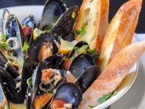 Lemon Dijon Moules Marinières - Lemon Dijon Steamed Mussels
