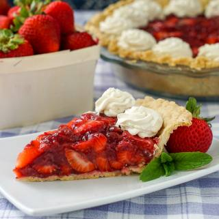 Strawberry Pie – Southern style with no added artificial colours or flavours.