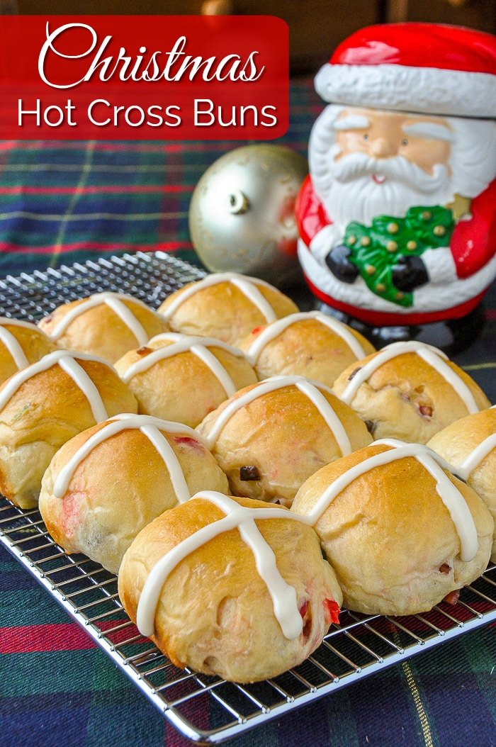 Christmas Hot Cross Buns photo with title text for Pinterest