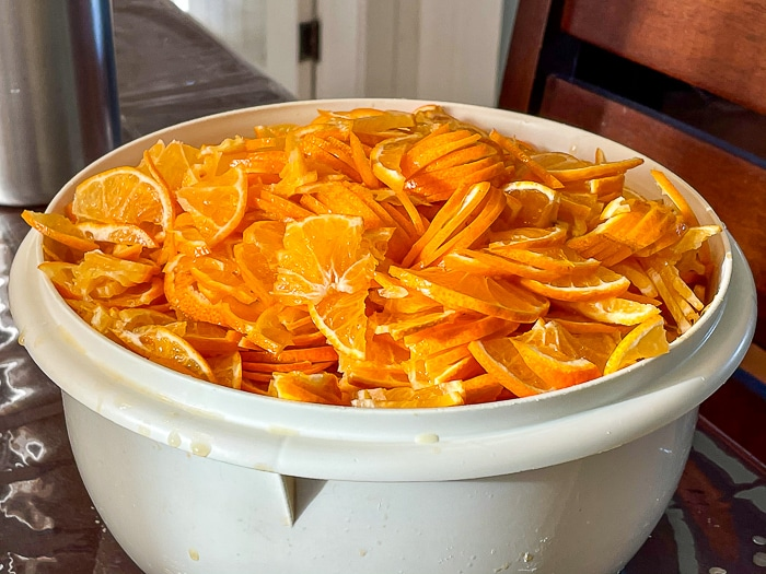 Sliced clementines ready for the pot